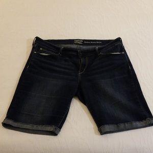 Levi's Bermuda Shorts, Dark Wash